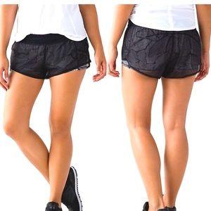 Lulu Lemon Mesh overlay City Shorts Active wear 10
